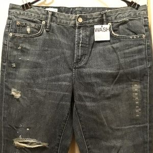 NWT gap 1969 straight legged jeans 33